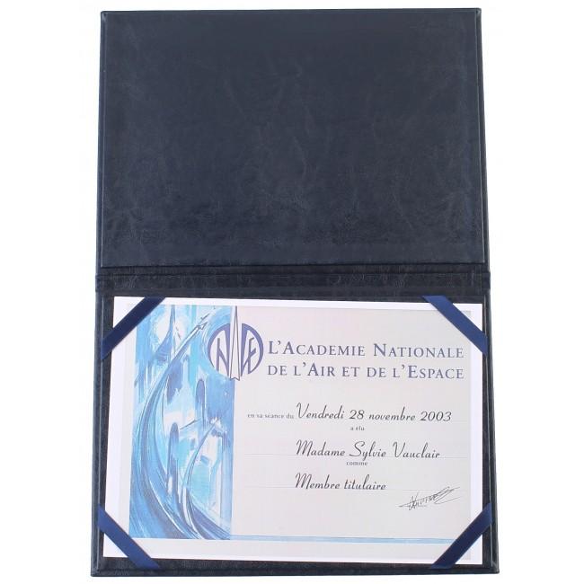 76 - AWPD2054 - AZUL - AWPD2055 - VERDE - Porta-Diplomas Senasa gravação a prata com fita de tecido