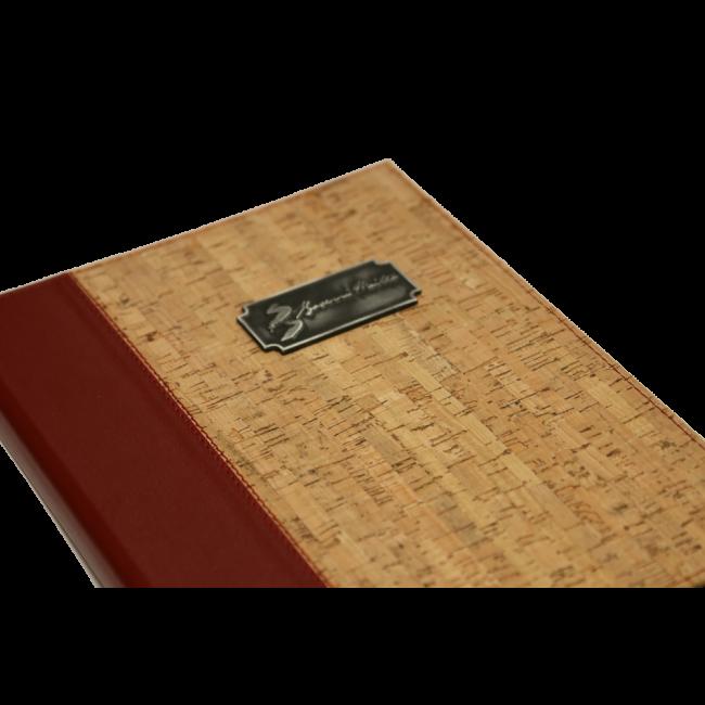 12 - AWEM7556 - Ementa A4 grande Bicolor 4 parafusos
